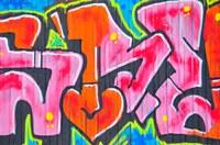 graffiti sur porte de garage
